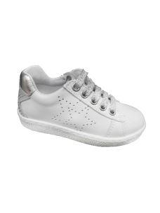 Balocchi sneakers bassa in pelle con stella forata laterale
