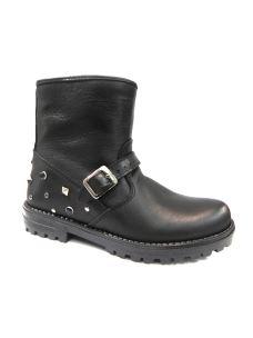 Pretti Shoes tronchetto in pelle con borchie sul tallone