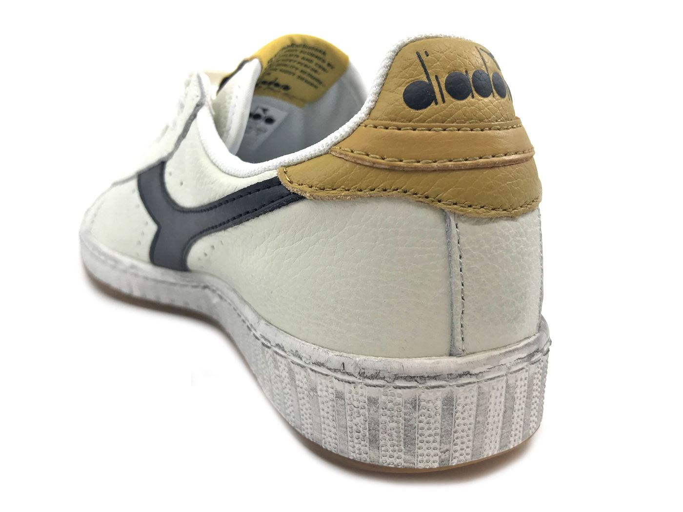 DIADORA GAME L L GAME LOW WAXED C7707 SNEAKER IN PELLE BIANCO MainApps f68ddb