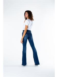 Jeans a zampa d'elefante con pietre