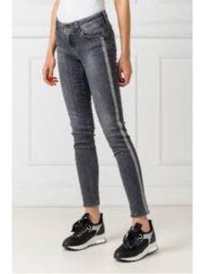 jeans con strass U69002D4366